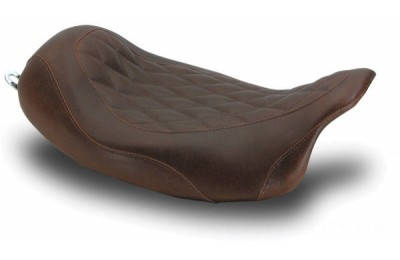 Black Friday Sale - Mustang Distressed Brown Wide Tripper Solo Seat with Diamond Stitching - 76722