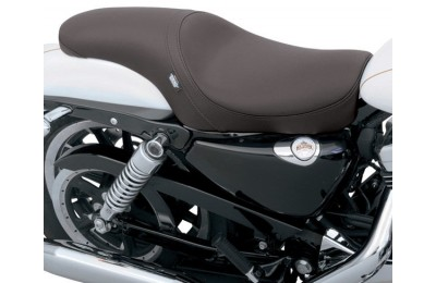 Black Friday Sale - Drag Specialties Predator Seat with Smooth Design - 0804-0384